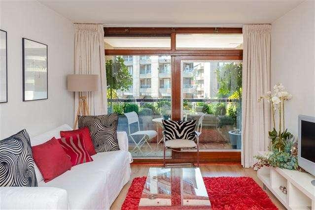 1 Bedroom Flat for sale in Ben Jonson House, Barbican