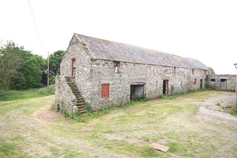 3 Bedrooms Barn Conversion Character Property for sale in Rhosgoch, Anglesey
