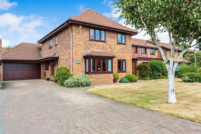 4 Bedrooms Detached House for sale in Ashcombe Gate, Thornton-Cleveleys, FY5