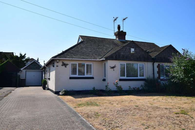 3 Bedrooms Semi Detached Bungalow for sale in Castle Drive, Pevensey Bay BN24