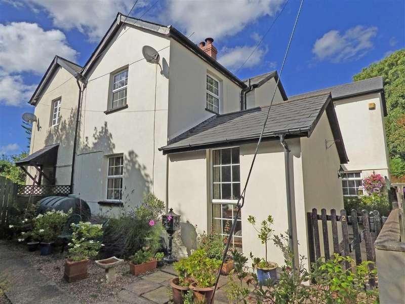 3 Bedrooms Semi Detached House for sale in Great Torrington, Devon, EX38