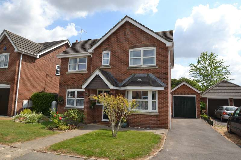3 Bedrooms Detached House for sale in Blandford