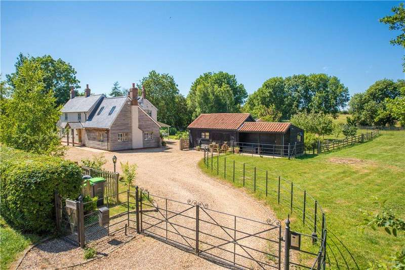 4 Bedrooms Detached House for sale in Riseley Road, Keysoe, Bedford, Bedfordshire
