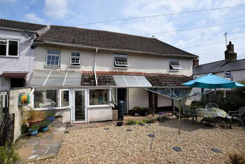 4 Bedrooms House for sale in High Street, Ide, EX2