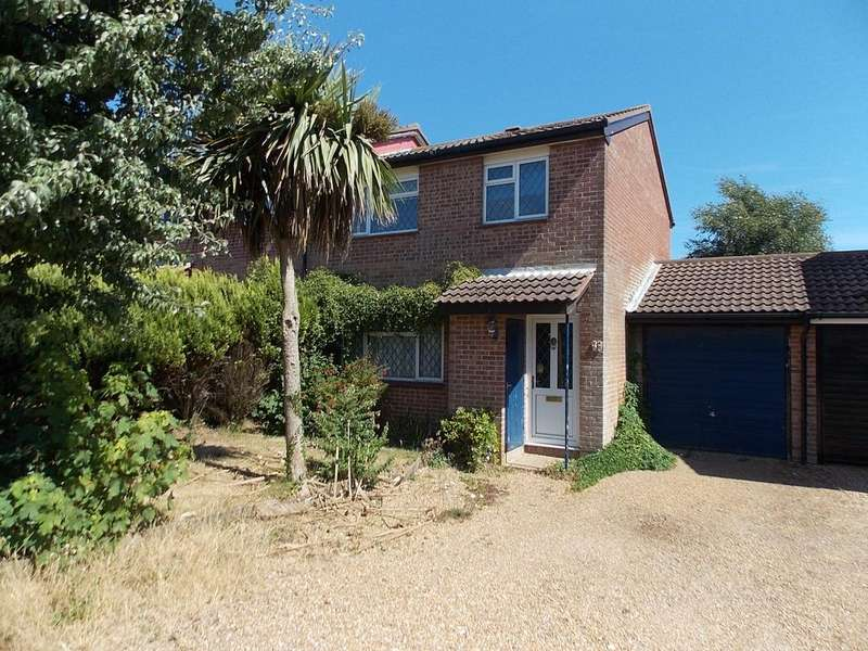 3 Bedrooms Semi Detached House for sale in Abbey Close, Peacehaven, East Sussex