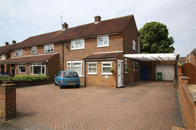 3 Bedrooms Semi Detached House for sale in High Street, Langley, Berkshire