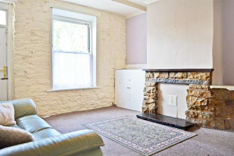 2 Bedrooms Terraced House for sale in Colne Road, Brierfield