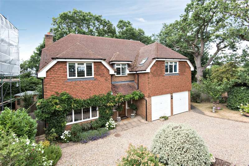 5 Bedrooms Detached House for sale in Wey Manor Road, New Haw, Surrey, KT15