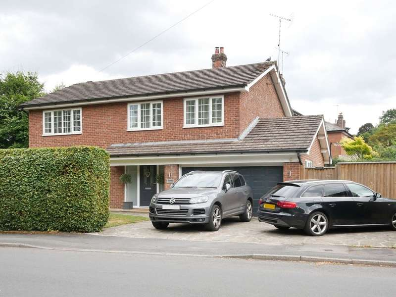 4 Bedrooms Detached House for sale in Valley Road, Macclesfield