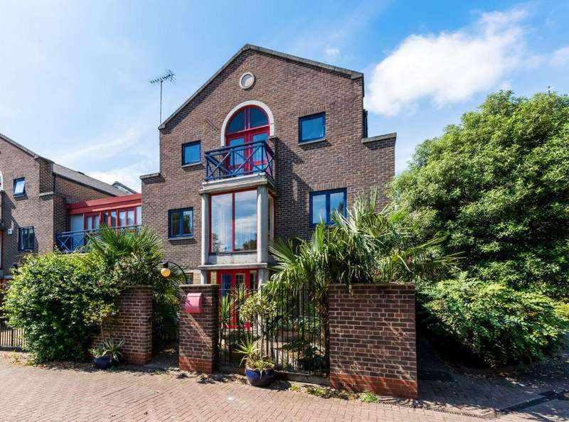 5 Bedrooms House for sale in Peartree Lane, Wapping, E1W