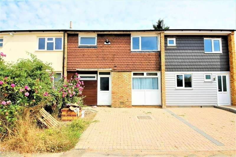 3 Bedrooms Terraced House for sale in Lincoln Road, Basildon, Essex