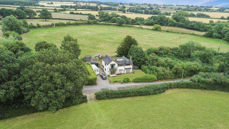 4 Bedrooms Detached House for sale in Hollies Common, Gnosall, Stafford