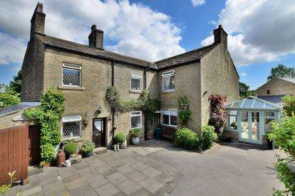 4 Bedrooms Semi Detached House for sale in Reddish Green, Bowden Lane, Chapel-En-Le-Frith, Derbyshire