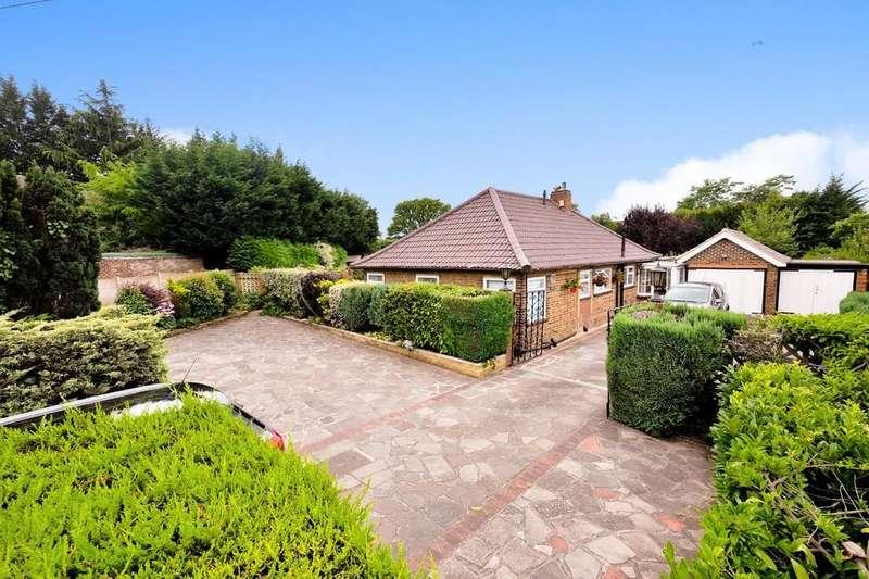 3 Bedrooms Detached Bungalow for sale in Crofton Lane, Orpington