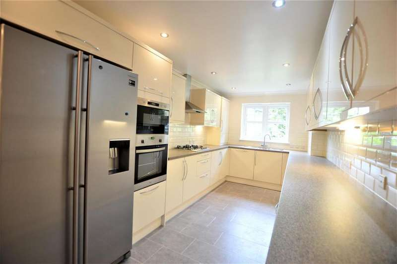 3 Bedrooms Flat for sale in Ambassador Court NW4