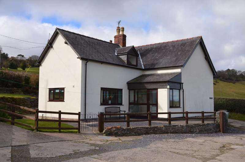 3 Bedrooms Detached House for sale in BRYN GOLEU, NANNERCH CH7