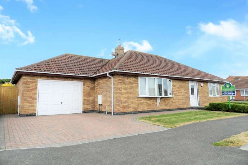 3 Bedrooms Detached Bungalow for sale in Henshaw Avenue, Sutton-On-Sea, Mablethorpe, LN12