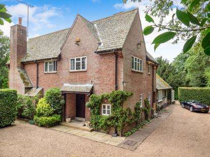 3 Bedrooms Detached House for sale in Main Street, Bleasby, Nottingham