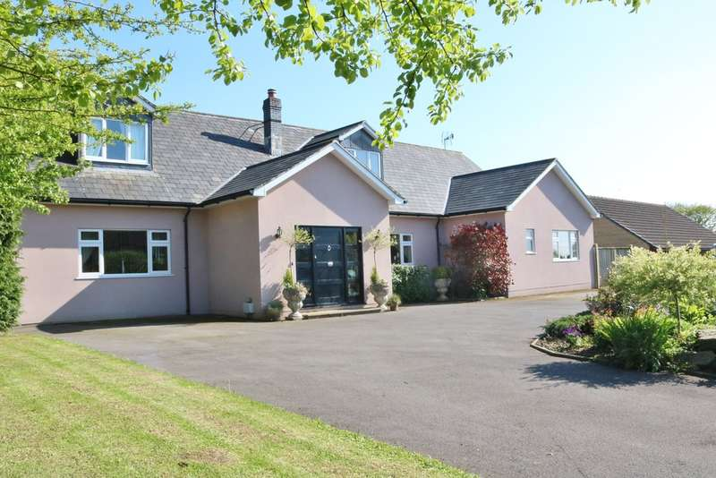 5 Bedrooms Detached House for sale in Church Lane, West Pennard