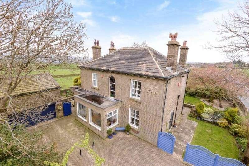 4 Bedrooms Detached House for sale in ALLERTON ROAD, ALLERTON, BRADFORD, BD15 8AB