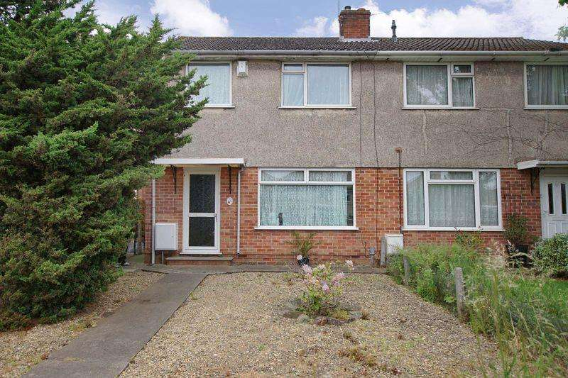 3 Bedrooms Semi Detached House for sale in Gordon Road, Bristol, BS5 7DL