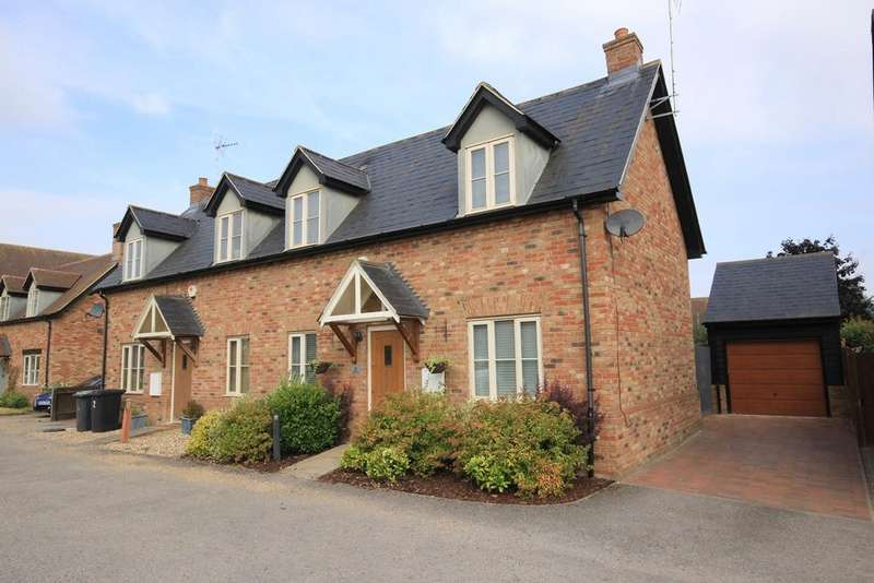 3 Bedrooms Semi Detached House for sale in Eaton Mews, Greenfield, MK45