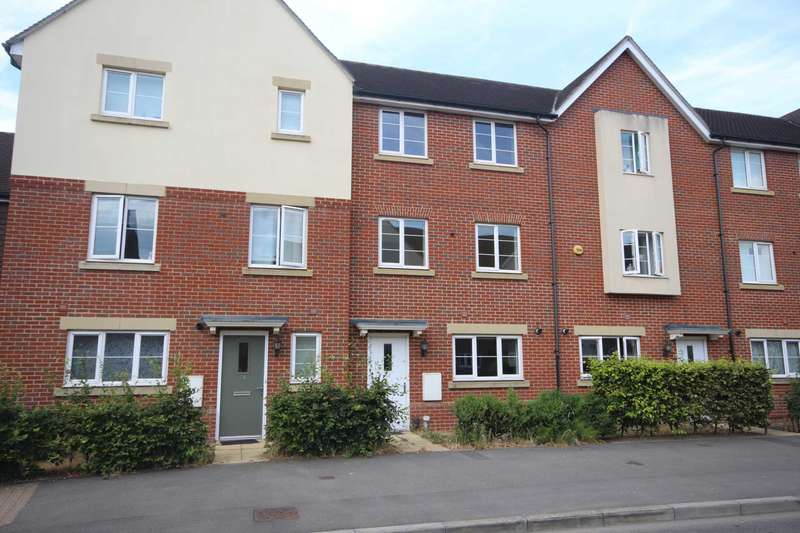 4 Bedrooms Town House for sale in Sparrowhawk Way, Jennett`s Park