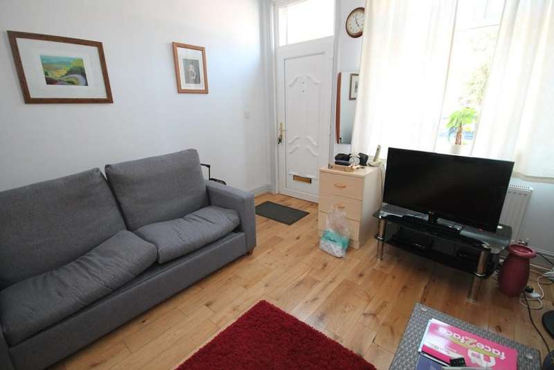 3 Bedrooms Terraced House for sale in Royd Street, Todmorden