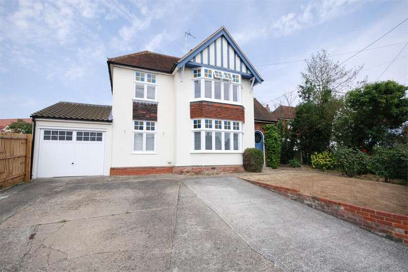 4 Bedrooms Detached House for sale in Queen Street, Coggeshall, Essex