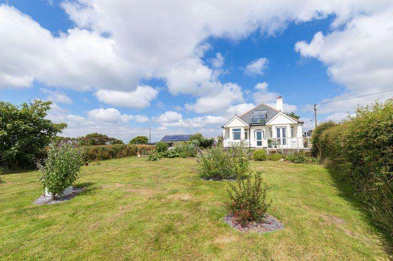 4 Bedrooms Detached House for sale in Crelly, Helston - 3 Acres of Land Outbuildings