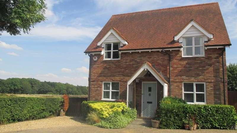 5 Bedrooms Detached House for sale in Haynes Turn, Haynes, MK45