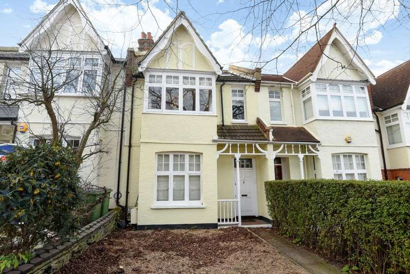 5 Bedrooms Terraced House for sale in Foyle Road London SE3