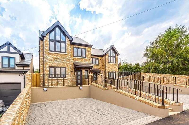 5 Bedrooms Detached House for sale in Scotland Road, Buckhurst Hill, IG9