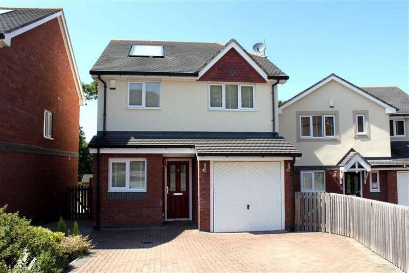 3 Bedrooms Detached House for sale in Cysgod Y Castell, Llandudno Junction, Conwy