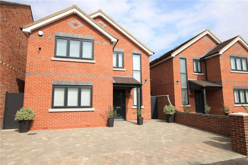 3 Bedrooms Detached House for sale in Norton Road, Riseley, Reading, Berkshire, RG7