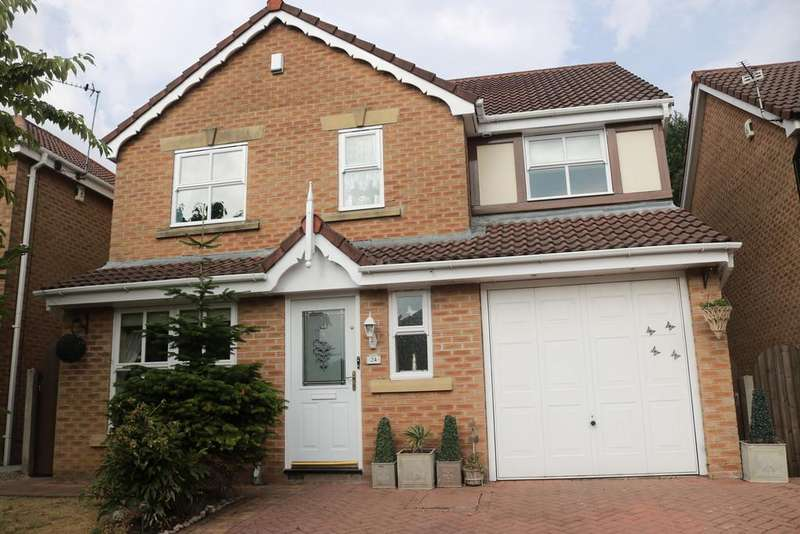 4 Bedrooms Detached House for sale in New Oak Close Failsworth