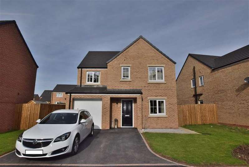 4 Bedrooms Detached House for sale in Carlisle Walk, Catterick Garrison, North Yorkshire