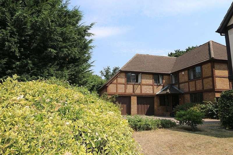 5 Bedrooms Detached House for sale in Tiepigs Lane, West Wickham, London, BR4 9BT