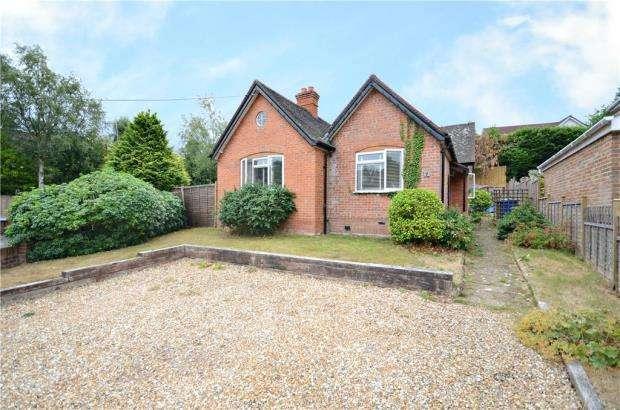 3 Bedrooms Detached Bungalow for sale in Longdown Road, Little Sandhurst, Berkshire
