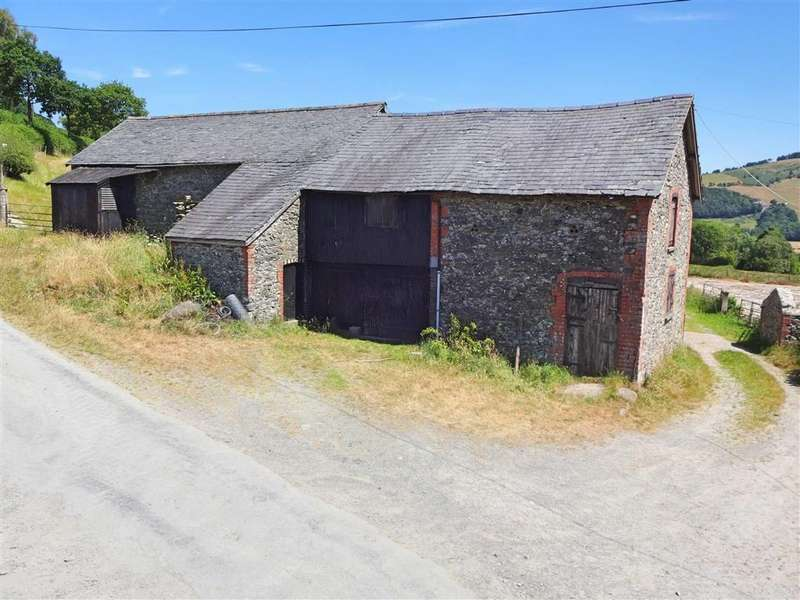 5 Bedrooms Barn Conversion Character Property for sale in Barn At Gelli Fawr Isaf, Cwmbelan, Llanidloes, Powys, SY18