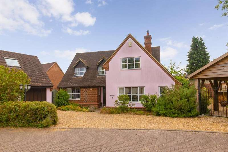 4 Bedrooms Detached House for sale in David Evans Court, Letchworth Garden City