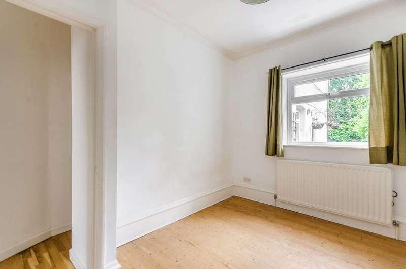 2 Bedrooms Flat for sale in Devonshire Road, Honor Oak Park, SE23