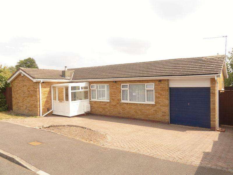 2 Bedrooms Bungalow for sale in Marine Drive, Great Barr, Birmingham