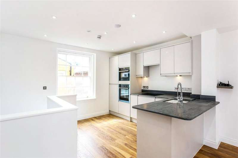 2 Bedrooms Flat for sale in Queens Road, Reading, RG1
