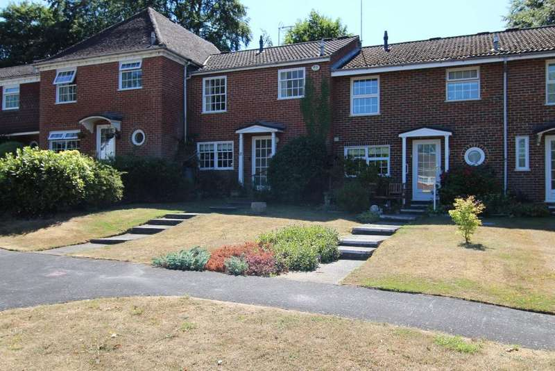 3 Bedrooms Terraced House for sale in Milton Gardens, Wokingham, Berkshire, RG40 1DA
