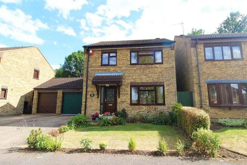 3 Bedrooms Detached House for sale in Prentice Gardens, Kempston MK42