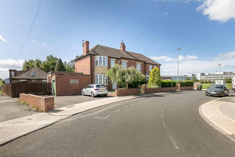 4 Bedrooms Semi Detached House for sale in The Drive, Benton, Newcastle upon Tyne