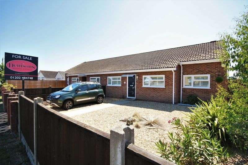 2 Bedrooms Property for sale in Mudeford Lane, Christchurch