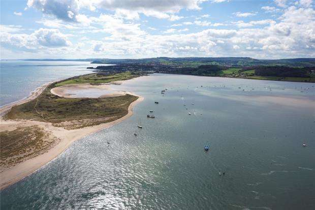 3 Bedrooms Flat for sale in Pierhead, Exmouth, Devon