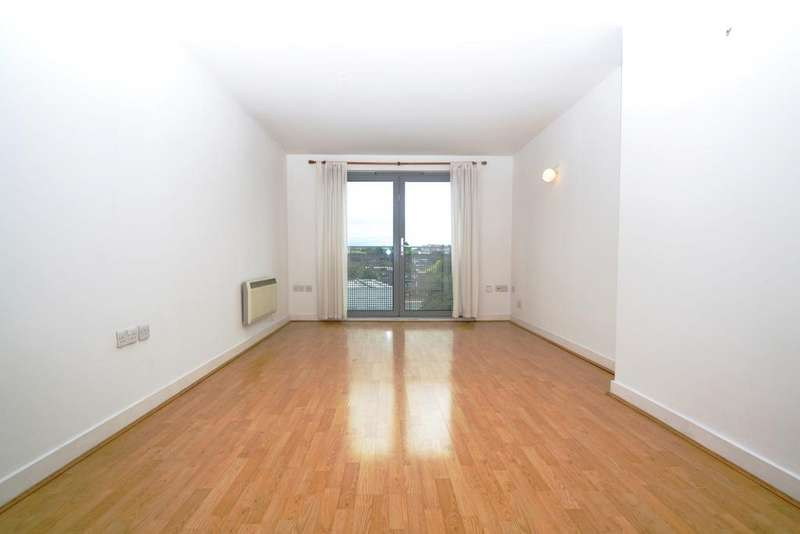 1 Bedroom Flat for sale in Deals Gateway Lewisham SE13